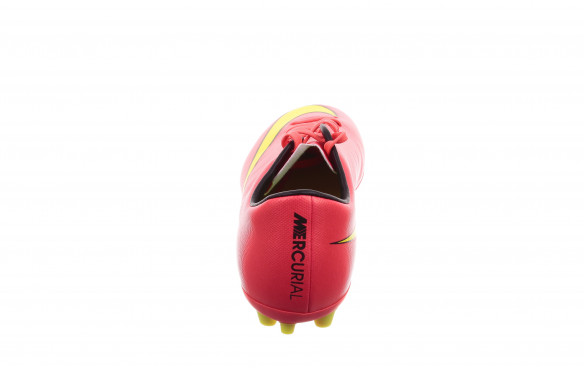 NIKE MERCURIAL VICTORY AG_MOBILE-PIC2