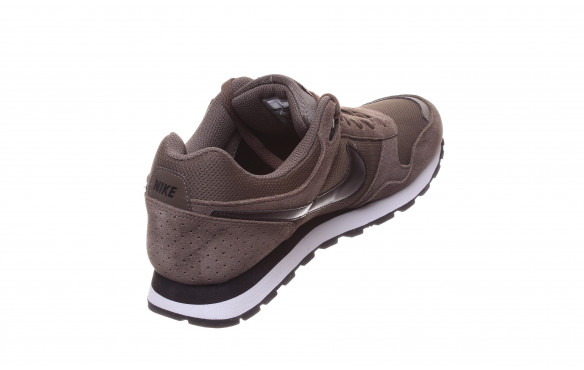 NIKE MD RUNNER SUEDE_MOBILE-PIC3