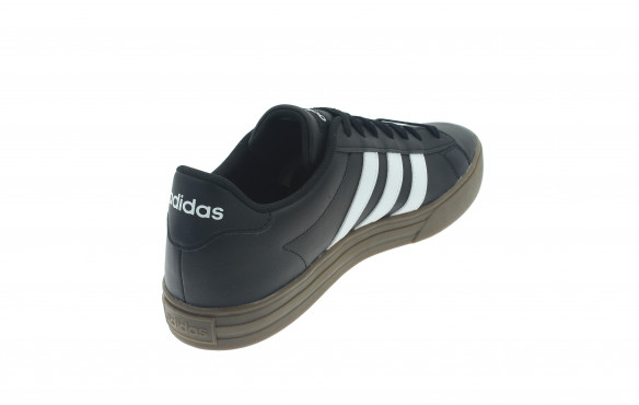 adidas DAILY 2.0_MOBILE-PIC3